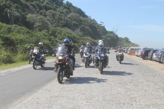 Motos em Grupo