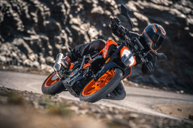 KTM 390 DUKE ABS - Nova Geração - 10